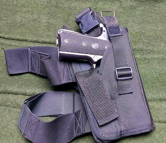 Holster / étui de cuisse GALCO ** Beretta 92 ** Colt 45