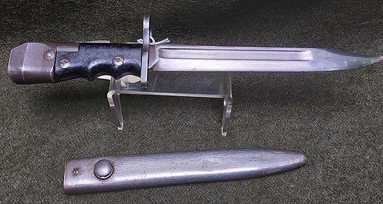 Baïonnette anglaise  N° 7 MK1 ** Sten ** poignée noire **