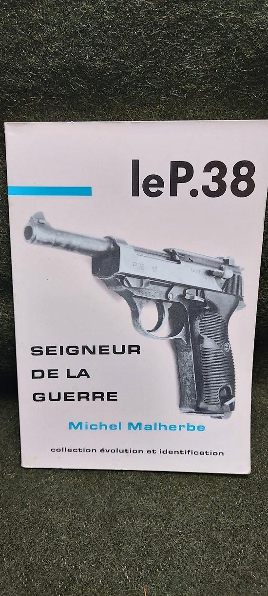 """Livre """" Le P38 """""""
