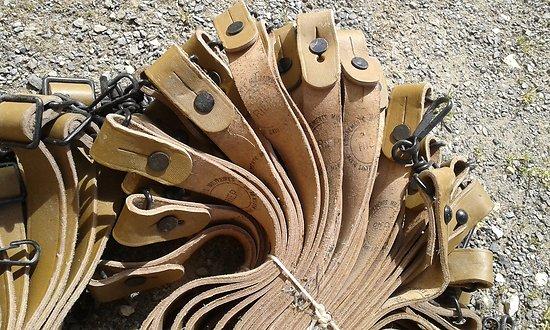 bretelle cuir militaire pour toutes armes MAT 49