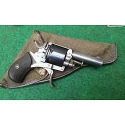 revolver English bulldog 320 PN + étui