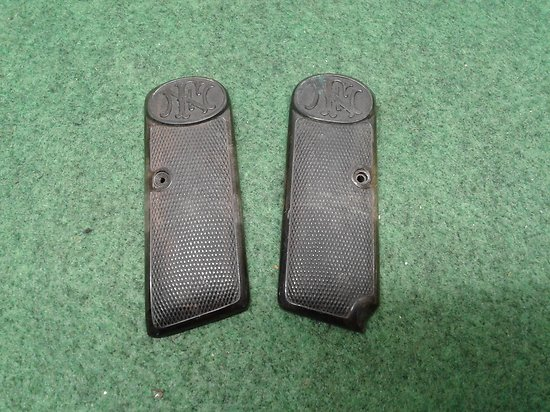 plaquettes / grips browning FN 1910-22