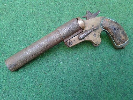 Pistolet lance fusée francais 14-18 modèle 1917