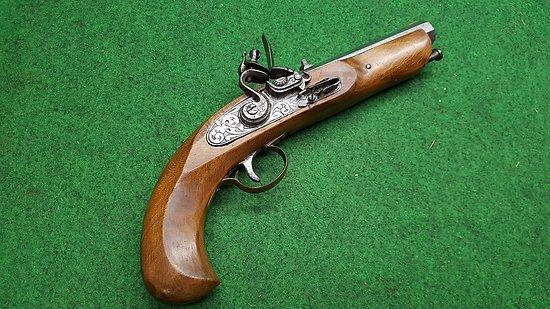 pistolet a silex 12mm PN (45) JUKAR colonial CAT d2