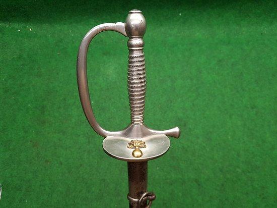 Épée sous officier M1887 rengagé infanterie datée 1911