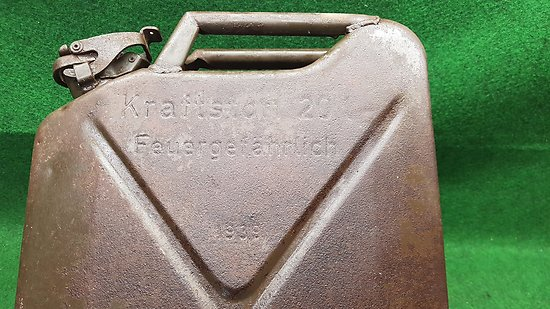 Jerrican / jerrycan allemand 1er type 1939