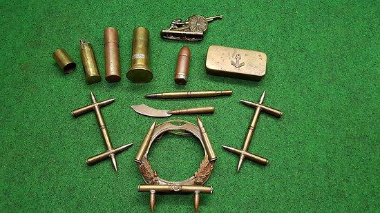 Lot d objets souvenirs et artisanats de tranchées ww1