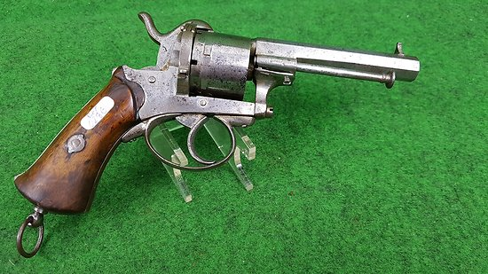 Gros revolver 9mm a broches