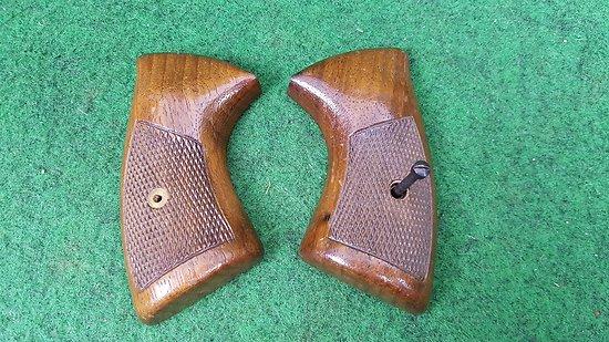 Plaquettes revolver