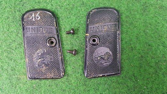 Plaquettes pistolet UNIQUE M15 / 16