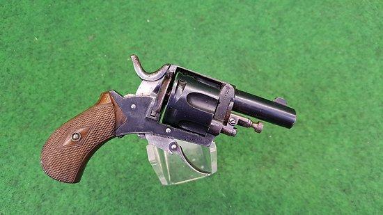 Revolver bulldog 320 état neuf