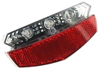 Eclairage arrière avec clignotants intégrés activables au guidon