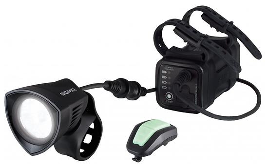 Phare Sigma Buster 2000 HL avec porte-casque + pile et télécommande