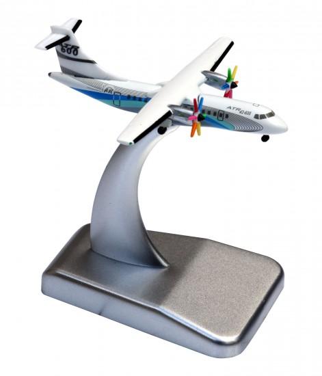 ATR model scale 1/500th kit ATR 42-600