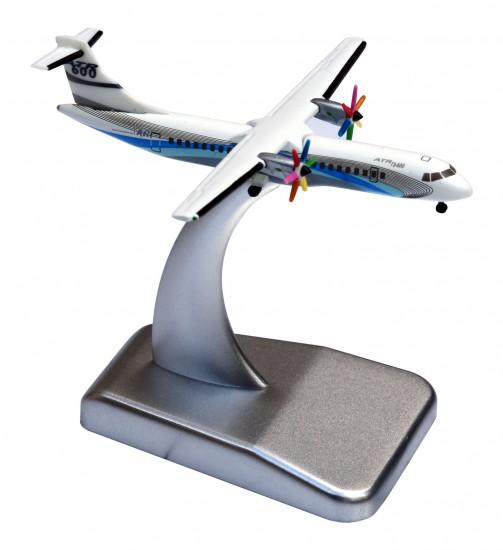ATR model scale 1/500th kit ATR 72-600