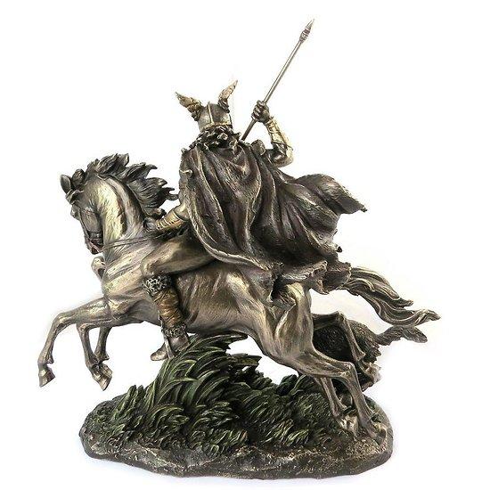 Statue odin a cheval vikings mythologie nordique - Dieu nordique 4 lettres ...