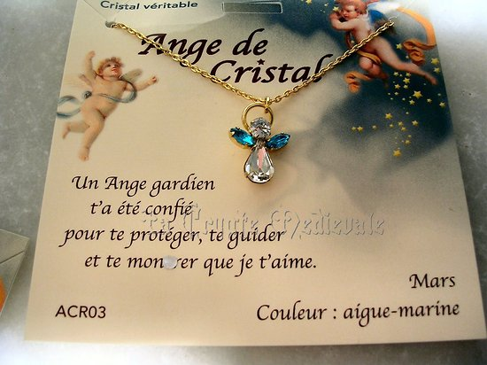 PENDENTIF ANGE GARDIEN CRISTAL/MARS/AIGUE MARINE AVEC CHAINE