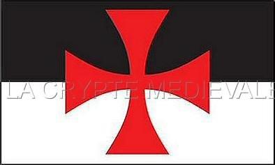 LOT DE 10 DRAPEAUX TEMPLIER BEAUCENT/Croix Pattée/150cmX90cm