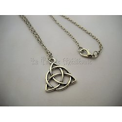 TRIQUETRA CELTIQUE/TRINITE CELTES VIKINGS