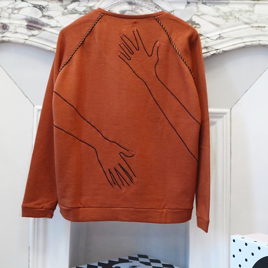 | HUG | - Sweat chic mains // Rouille