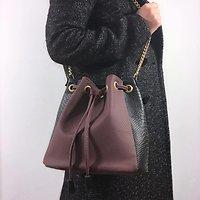 L'envoûtant - Sac seau en cuir // Bordeaux & noir