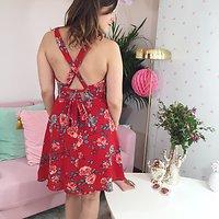 Innocent - Robe fleurie liens à nouer dos // Rouge