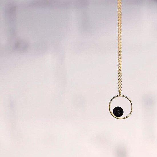 | GALLICA RING | - Collier mi-long anneau // Plusieurs coloris