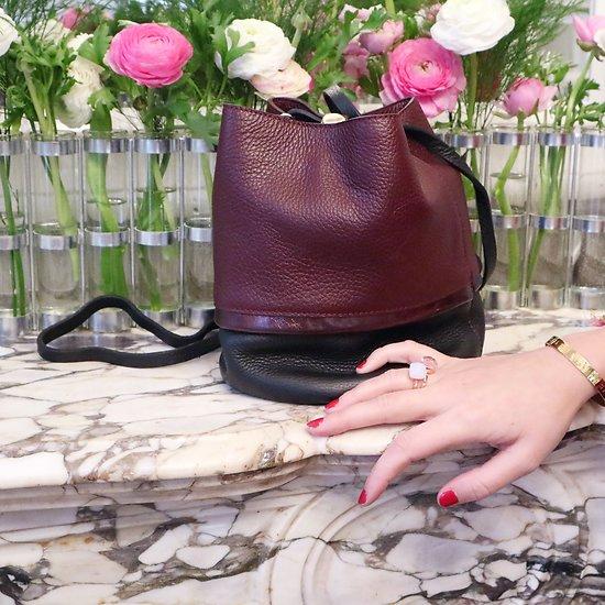   BUCKET S   - Petit sac seau en cuir // Bordeaux & noir