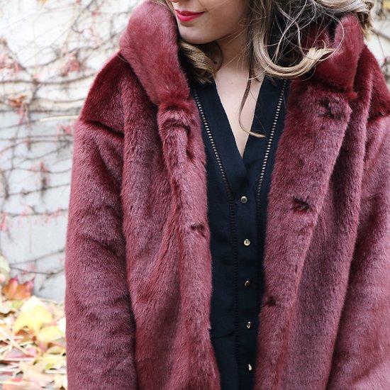 | MARYLINE | - Veste fourrure à capuche // Bordeaux