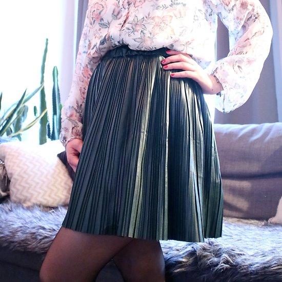   ALICE   - Jupe plissée simili cuir // Vert