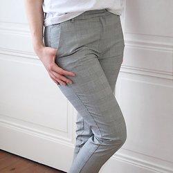 | PAROLE | - Pantalon Prince de Galles