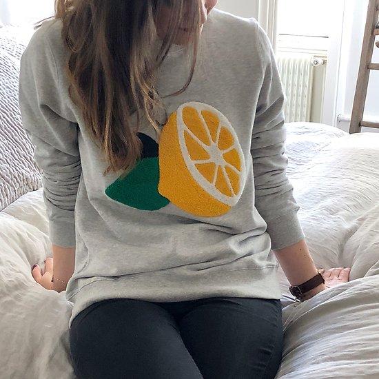 | CITRON | - Sweat brodé gros citron // Gris chiné