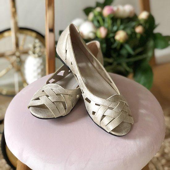 | MABELLA | - Sandales ajourées // Plusieurs coloris