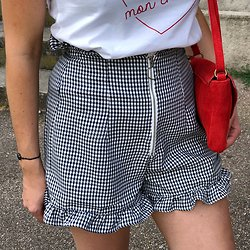 | SUZETTE | - Short vichy et volants