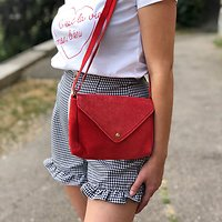 | OIA | - Petit sac enveloppe en cuir // Rouge
