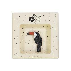 Broche pailletée toucan