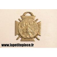 Médaille journée du poilu 1915 la Marne 1914 Yser 1915 Verdun et la Somme 1916