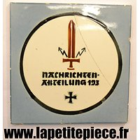 Carrlage décoratif Allemand Nachrichten-Abteilung 193 93 Division d'Infanterie