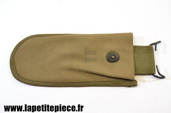 Etui à pince coupante daté 1944 / Wire-cutters M-1938 Carrier