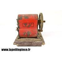 Dynamo Allemande de 1942 pour matériel telephonique