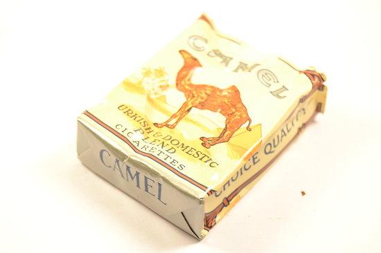 boite tui pour paquet de cigarettes avec paquet camel am ricain deuxi me guerre mondiale us ww2. Black Bedroom Furniture Sets. Home Design Ideas