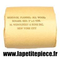 Bandage Flannel all wool roller red. Pansement US WW2. Américain Deuxième Guerre Mondiale