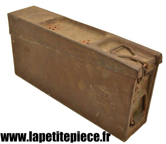 caisse munitions fer mg 08 15 restaurer allemand ww1. Black Bedroom Furniture Sets. Home Design Ideas
