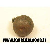 Bouton 15mm demi rond lisse fer peint France WW1