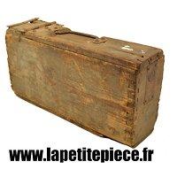 Caisse Allemand MG08 bois, loquet de fermeture rond