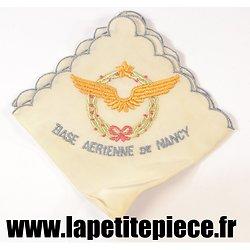 Mouchoir brodé souvenir de la base Aérienne de Nancy