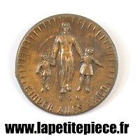 """Badge de journée NS-Volkswohlfahrt """"Kinder aufs Land"""" 1934"""