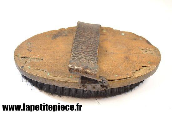 Brosse en soie Cavalerie Française pour musette de pansage