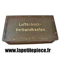Luftschutz-Verbandkasten 1938 / boite de premiers secours Luftschutz.