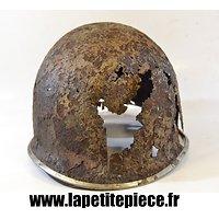 Coque de casque US WW2 - pièce de terrain Bataille des Ardennes